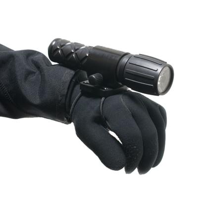 Bungee grip for Arthur LED lights